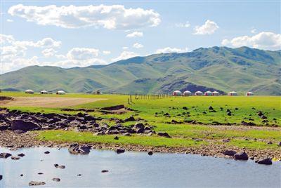 西苏旗抓生态建设 发展现代畜牧业