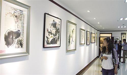 """启动仪式当天,展示中心举办了""""相·想""""——中国当代水墨邀请展。"""