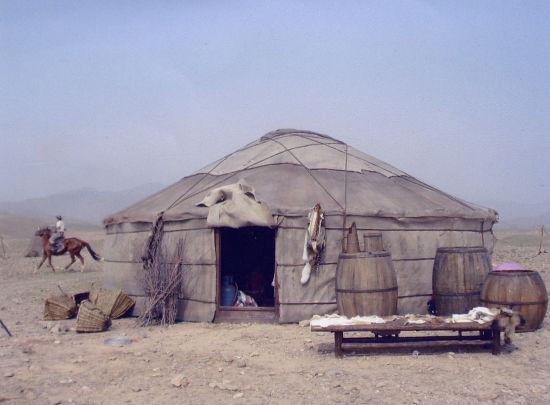 蒙古包外景
