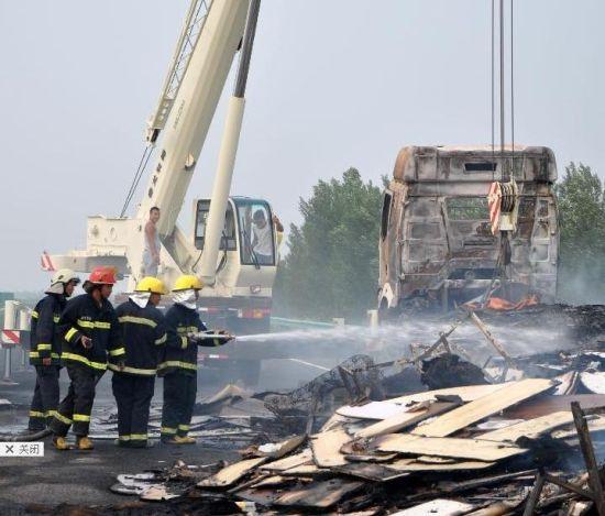 大广高速内蒙古通辽奈曼旗段发生一起货车燃烧事故