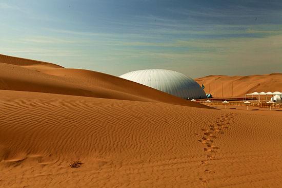 响沙湾沙漠艺术宫