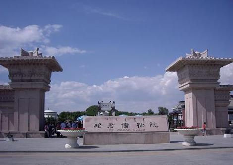 昭君博物院门景