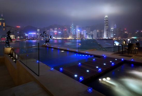 全球最豪华的101套套房榜单,是对富豪与名人们的旅行生活的生动描述