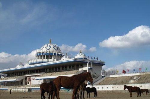 建筑标准最高的内蒙古赛马场