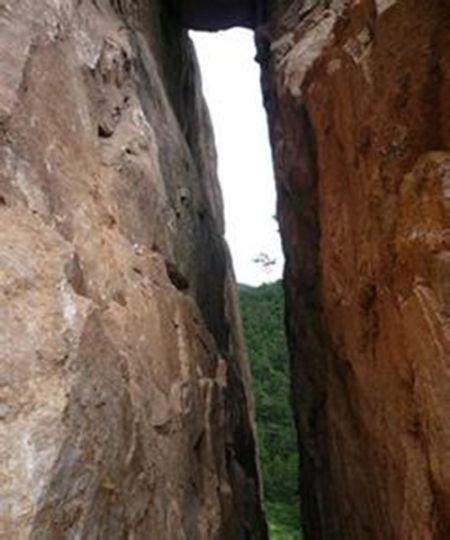 塞外风景名胜 内蒙古赤峰藏龙谷旅游景区