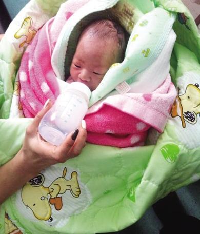 被医生捡到的婴儿