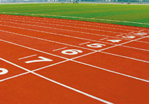 一初二女生体育课跑步