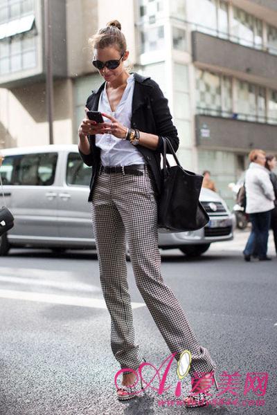 服饰潮流 正文    10月初的欧美街头,有着别样的时尚风采.