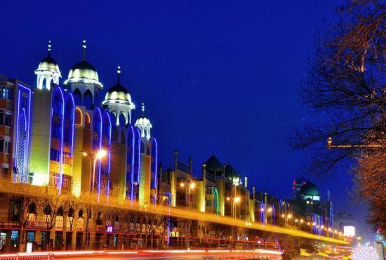 新浪旅游配图:伊斯兰景观街 摄影:老姚的路