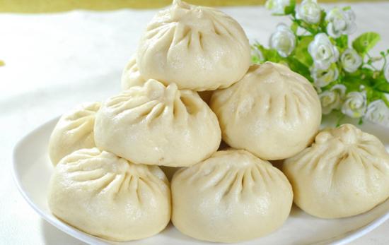 内蒙古特色美食:沙葱包子