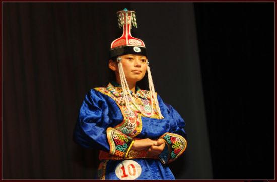 乌珠穆沁服饰