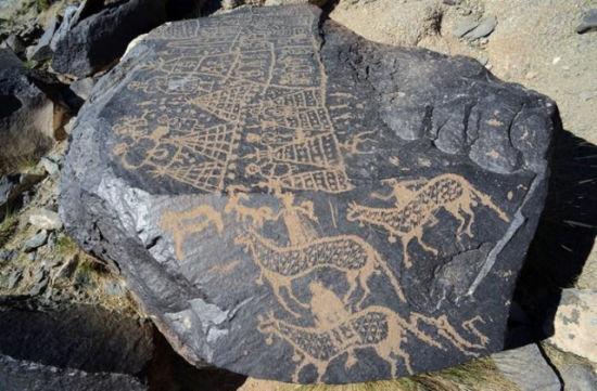 曼德拉山岩画