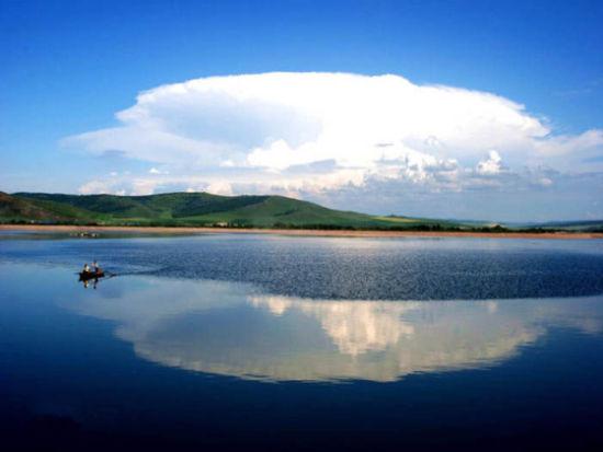 呼伦湖全景