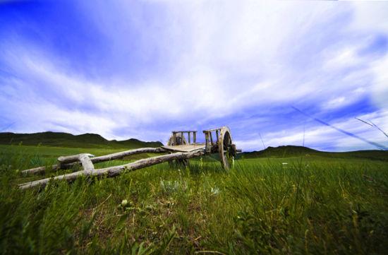 锡林郭勒大草原上的风景