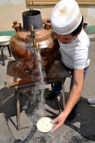 探访回民区特色美食--茶汤_新浪内蒙古美食频汇三明美食图片
