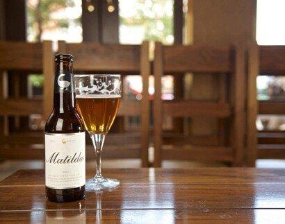 鹅岛开创了波旁橡木桶陈酿啤酒的先锋