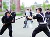 交警在专项训练