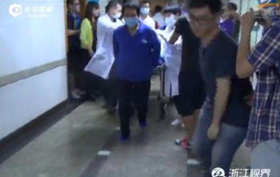 11岁女孩因抄作业被父亲吊起来打不治身亡