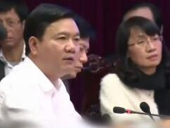 中企代表遭越南高官喝斥 不吭声频点头