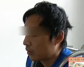监拍小偷入室行窃只偷鸭脖 称就想吃个够