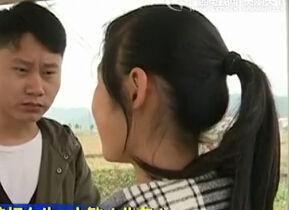 实拍广西初中女生郊外连环扇同学58耳光