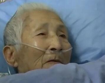 实拍9旬老太患脑梗住院 救醒后只会说英文